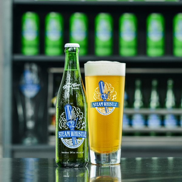 steam whistle bottle & pint